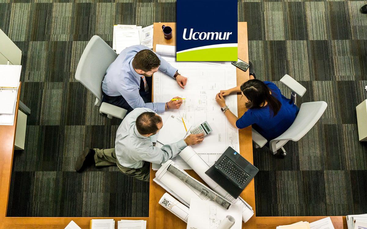 En Ucomur tenemos un equipo de profesionales a tu disposición