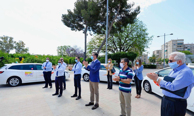 Radio Taxi Murcia lanza una campaña solidaria en colaboración con el Banco de Alimentos