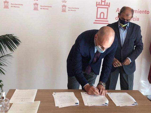 El Ayuntamiento de Murcia y Ucomur formarán y apoyarán a emprendedores a montar un negocio en hostelería y restauración