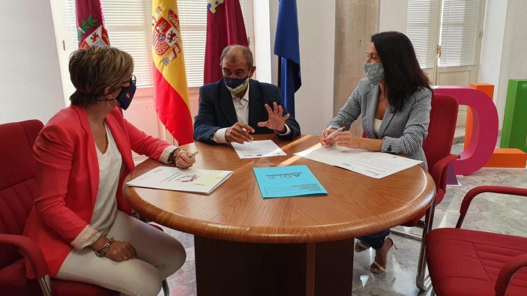 convenio economía social agencia-desarrollo cartagena y ucomur