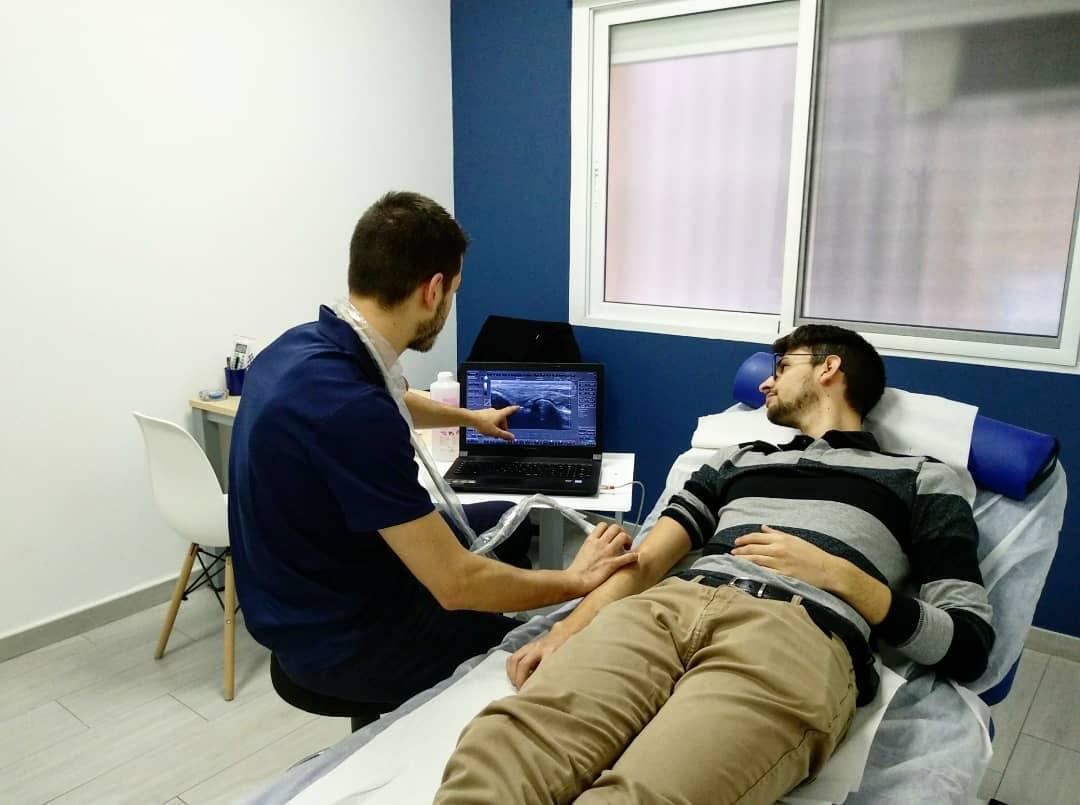 Cuartero, cooperativa asociada a UCOMUR es un centro multidisciplinar con servicio de fisioterapia, nutrición, psicología y entrenamiento personal