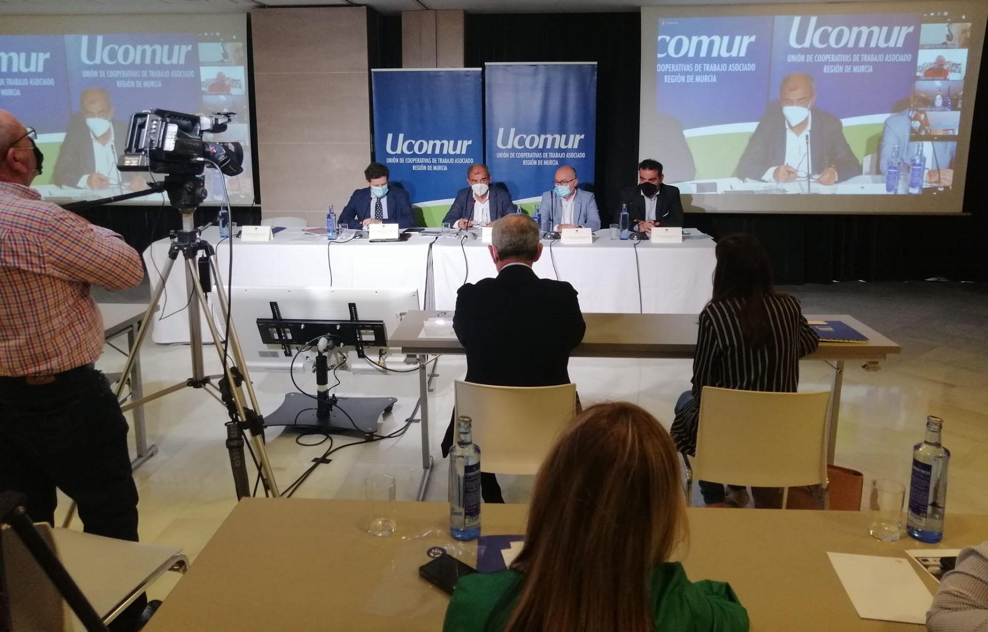Ucomur allana el camino para la transformación empresarial